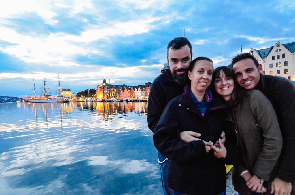 Bergen, coche, Fiordos Noruegos, Noruega, Odda, por libre, Stavanger, Trolltunga, viaje con amigos, viaje en pareja