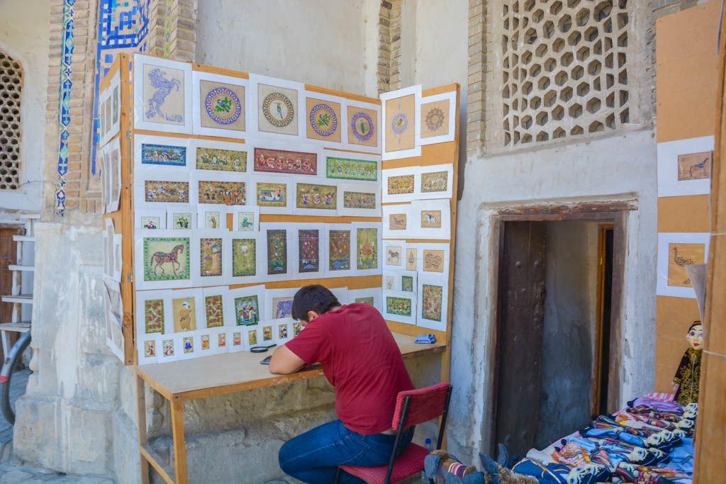 Bakhaouddin Naqshbandi, bazar, Bujará, Chor Bakr, Chor Minor, Necropolis, por libre, Sarrafon, Telpak Furushon, Uzbekistan, viaje en pareja, Zargaron