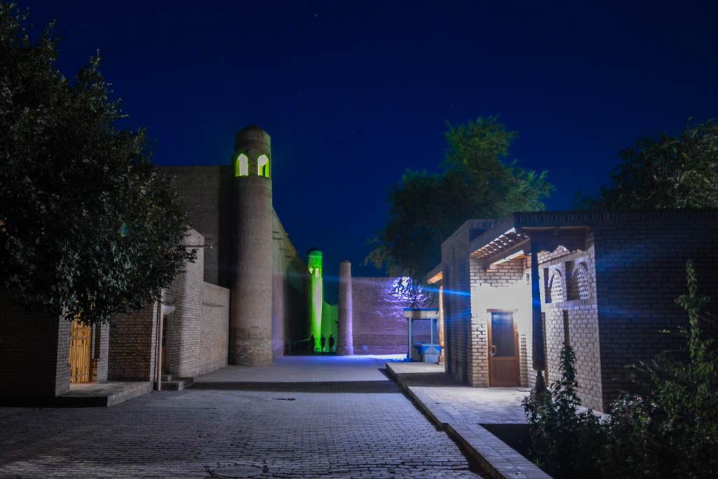 Jiva, Kalta Minor, Kunya Ark, lugares de interés, por libre, Uzbekistan, viaje en pareja, visitas
